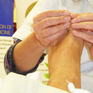 Reflexology training at Life Arts holistic training courses